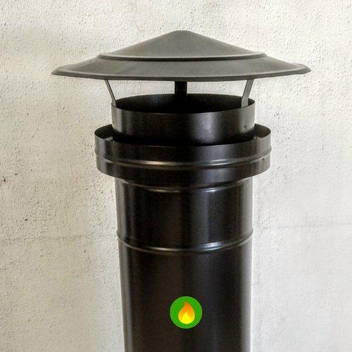Sombrerete deflector negro brillo colocado en un tubo