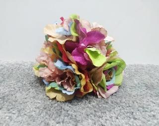 Ramillete multicolor teñido