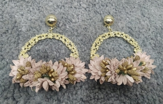 Pendientes de flamenca dorados y rosa