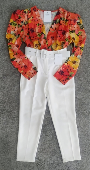 Pantalón vestir blanco cinturón