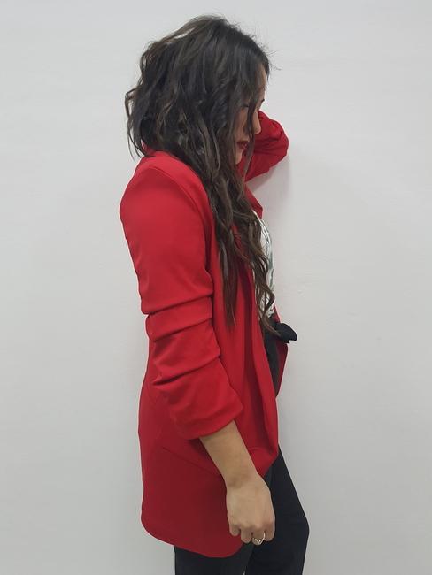 Blazer roja manga fruncida