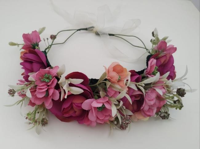 Corona de flores Ref. 03 tonos rosa fucsia
