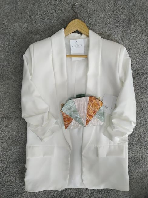Blazer blanca mangas fruncidas