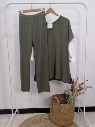 Conjunto verde kaki 3 piezas