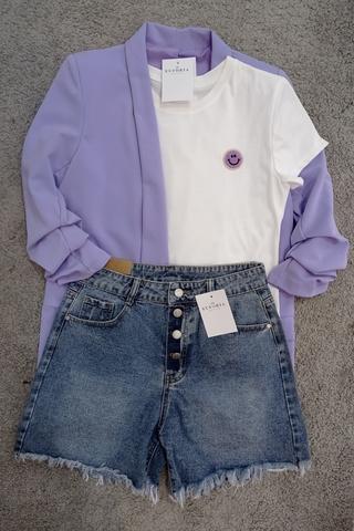 Chaqueta blazer lila.