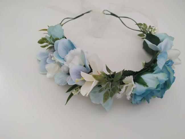Corona de flores Ref. 07 tonos celeste y beige