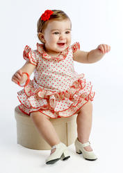 Traje de gitana para bebe con braguita cubrepañal incluida bb406 MiBebesito modelo sentada