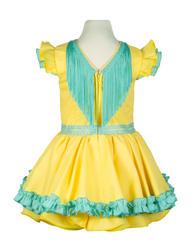 Traje de gitana para niña amarillo con adornos en verde agua espalda