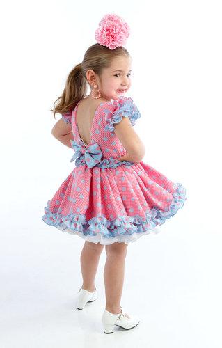 Traje de gitana para niñas rosa chicle con lunar celeste y blanco