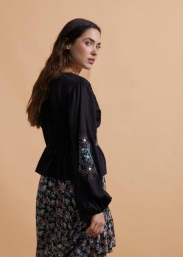 Blusa bordado floral