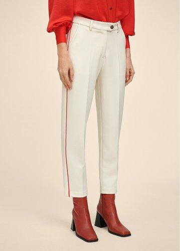 Pantalón blanco detalle vivo rojo Lola Casademunt