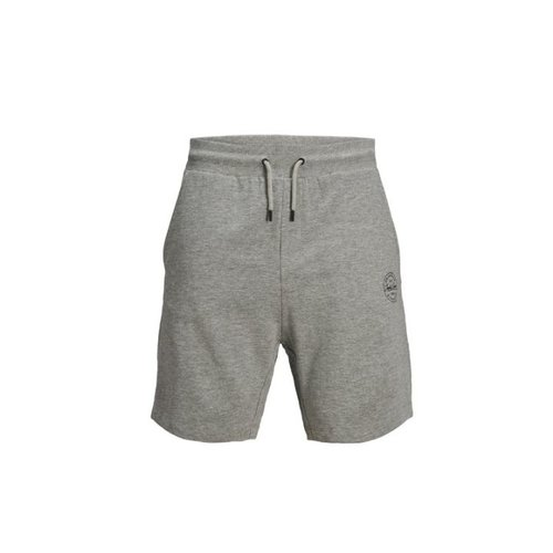 Pantalón corto gris deportivo.